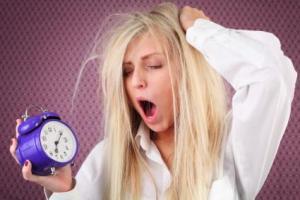147081-425x284-alarm_clock_problem