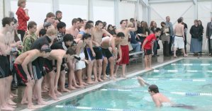 0125_spt_CHS-MtView_swimming_t620