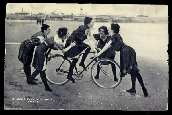 girls_learn_to_ride_bike